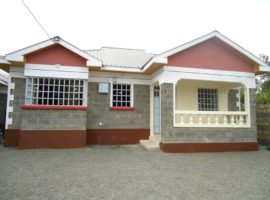 Three bedroom bungalow with S/Q for sale in Kiserian